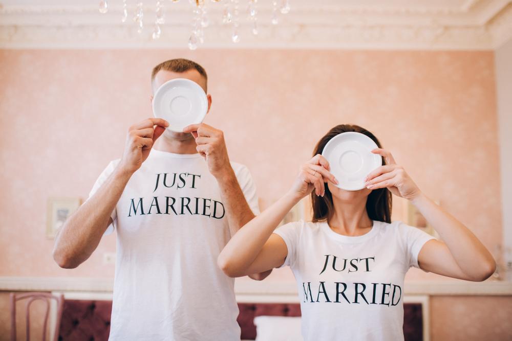 結婚祝いに喜ばれる?!ペアで作るオリジナルTシャツ