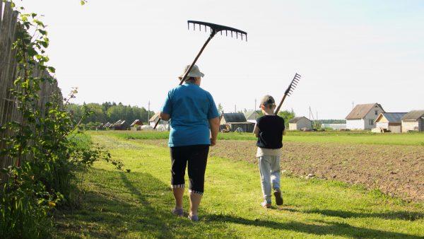 生産物を効率的に訴求する農家さんの農家Tシャツが今アツイ!