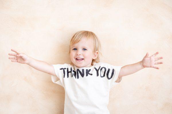文字・メッセージTシャツで感謝の気持ちを伝えよう!