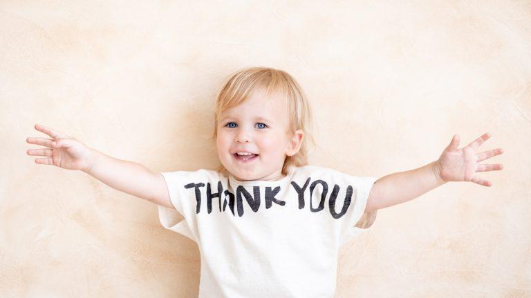 文字・メッセージTシャツで感謝の気持ちをTシャツで伝えよう!